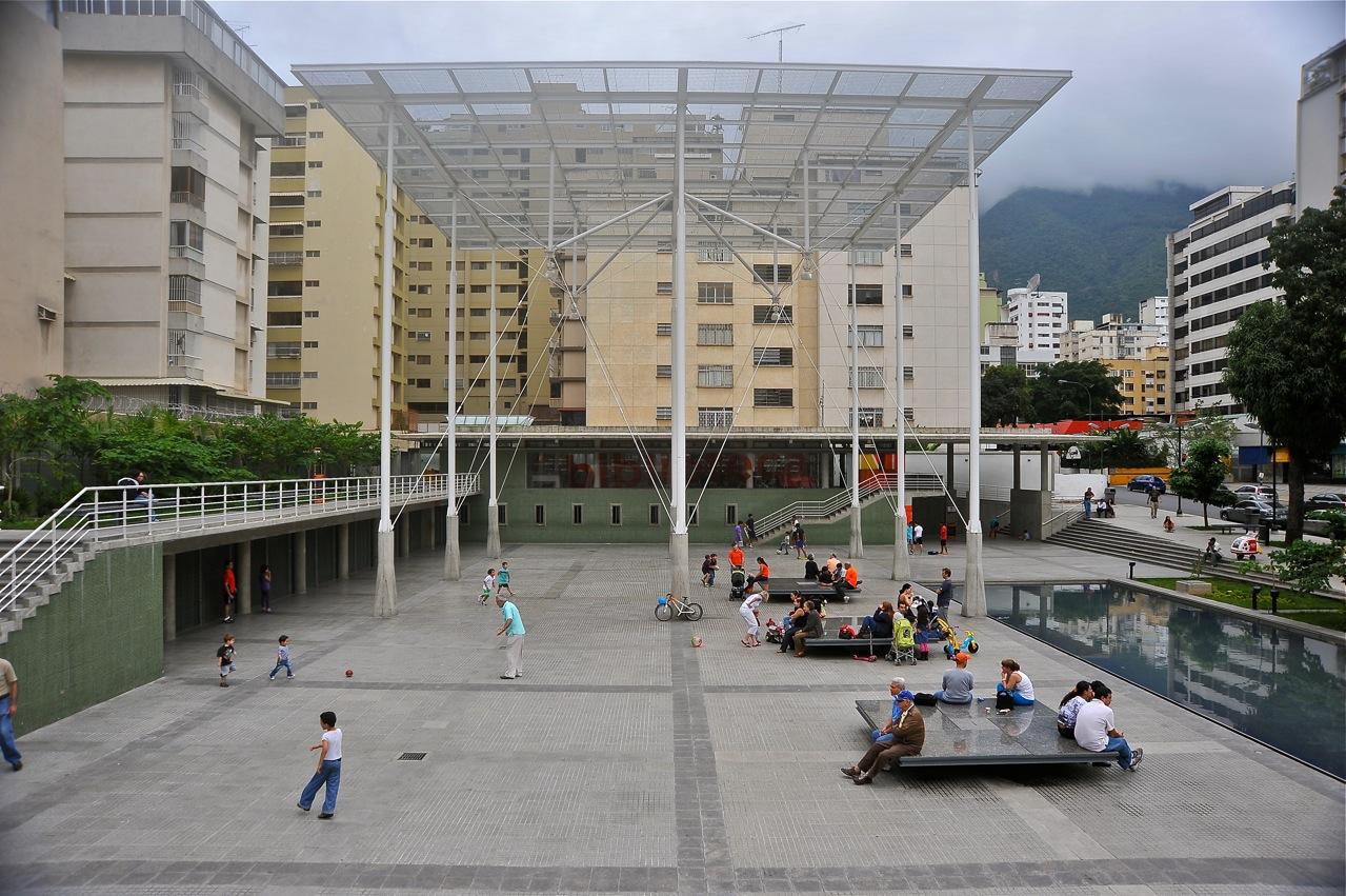 Ciudad, arquitectura y política