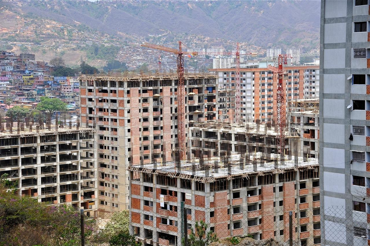 1. El futuro Ghetto de Fuerte Tiuna.