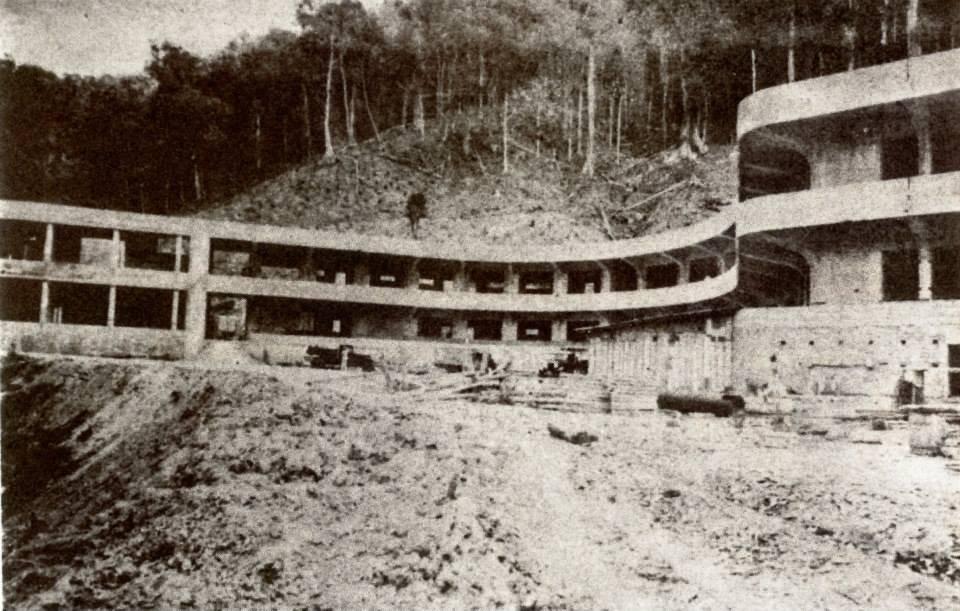 El Hotel Rancho Grande en construcción
